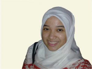 b1_profill-mahasiswa-zahra-dan-pengamalam-studi-di-uq