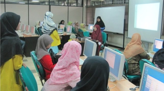 "Kenali Dunia Web di: ""IT Works For Girls"""