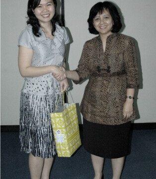 Seminar Prof. Juliana Sutanto